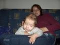 Kuba z mamą Renatą w tle